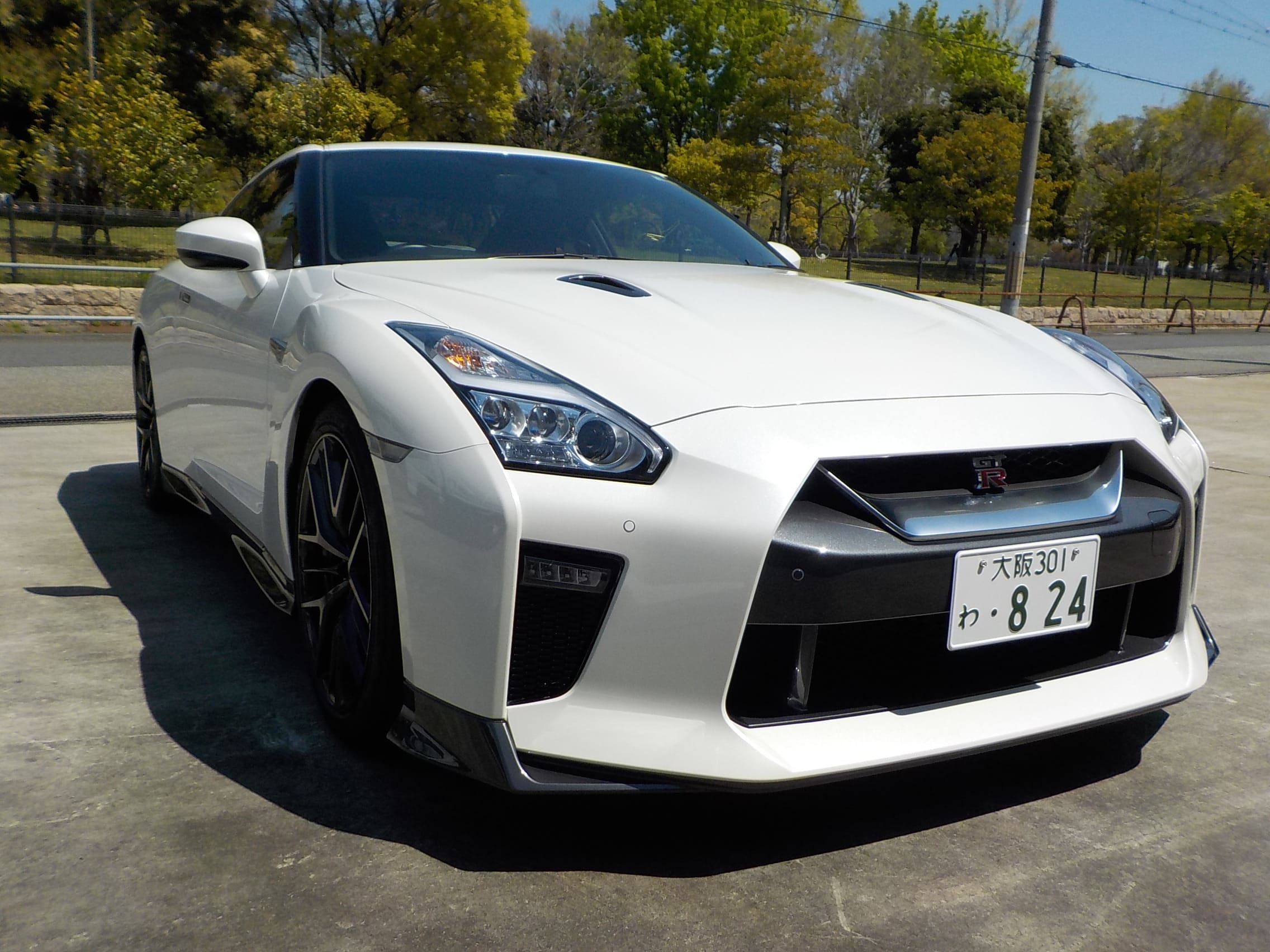 Nissan GT-R /  Pure edition